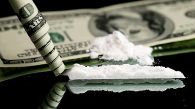 cocaine and money