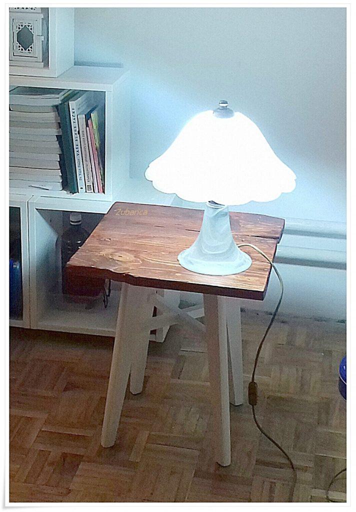 live edge stočić murano lampa